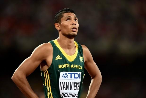 wayde van niekerk take 400m gold in world record 4303
