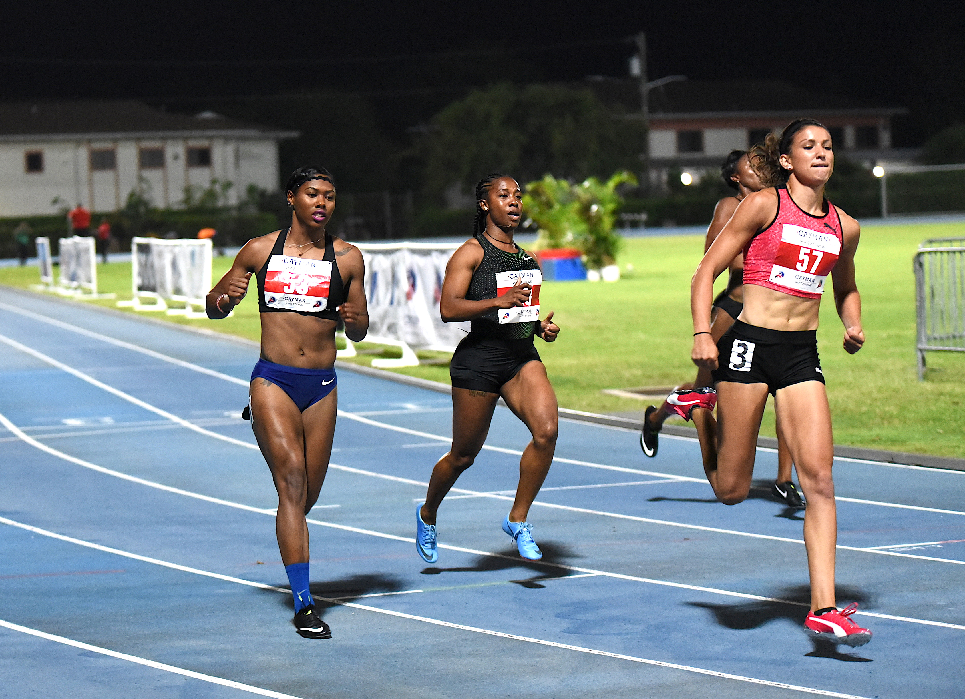 Fraser-Pryce returns to Int'l competition with 11.33 at Cayman Invitational
