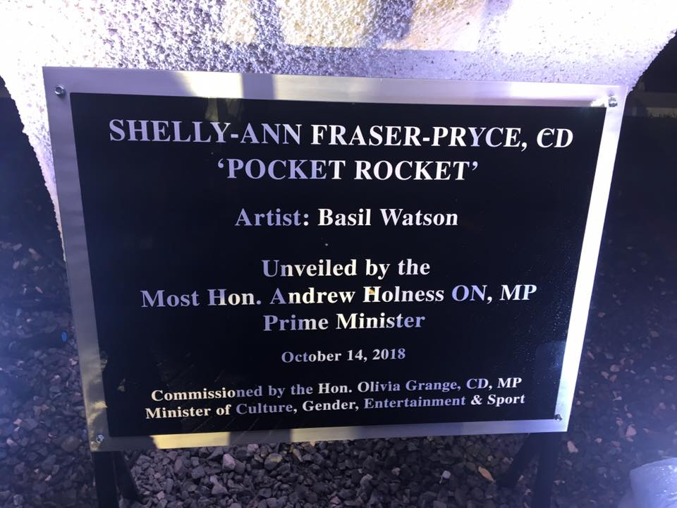 Shelly-Ann Fraser-Pryce's Statue unveiled in Statue Park