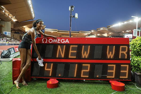 Hassan breaks 23-year-old world record in the mile