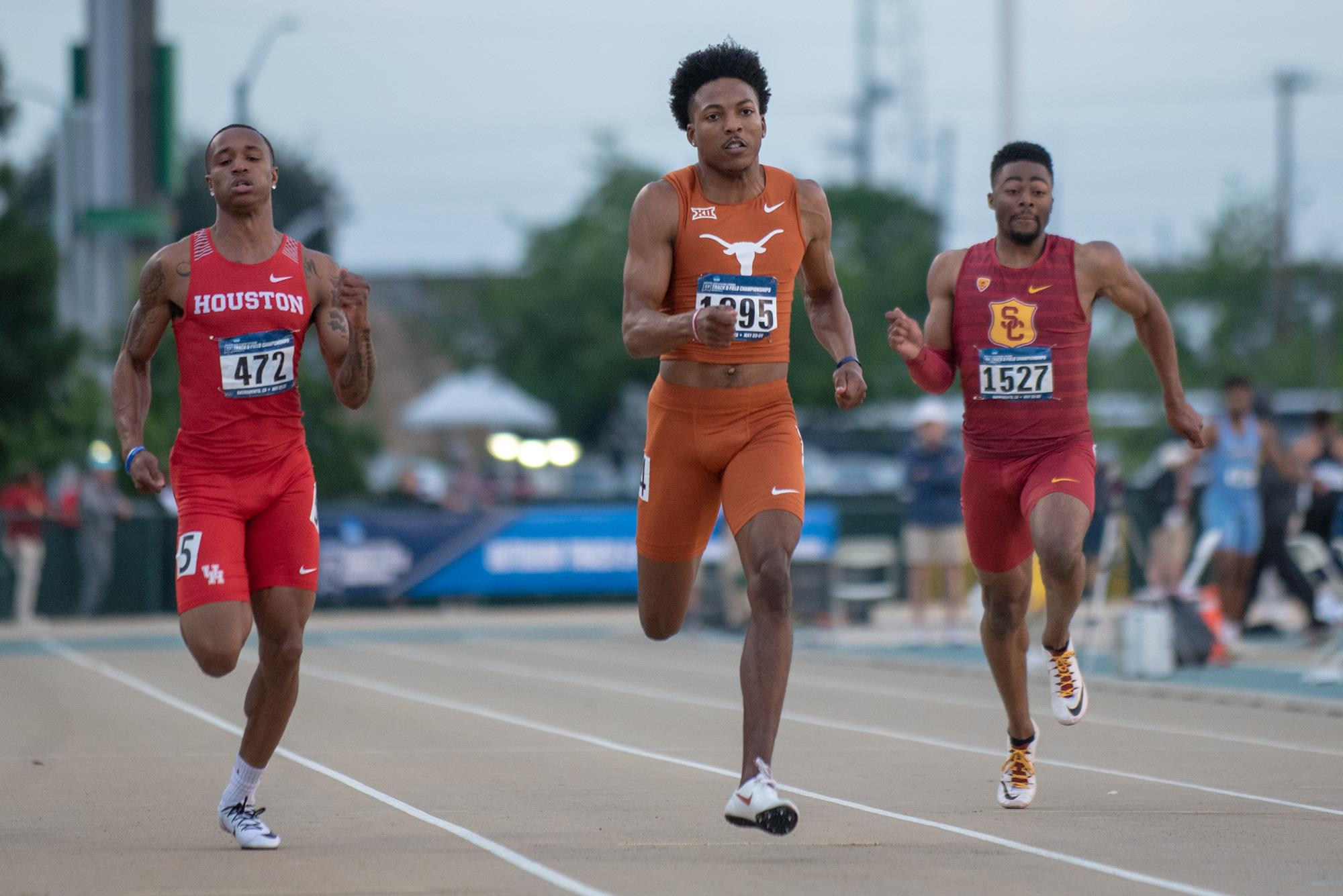 Micaiah Harris erases 200m record with big run