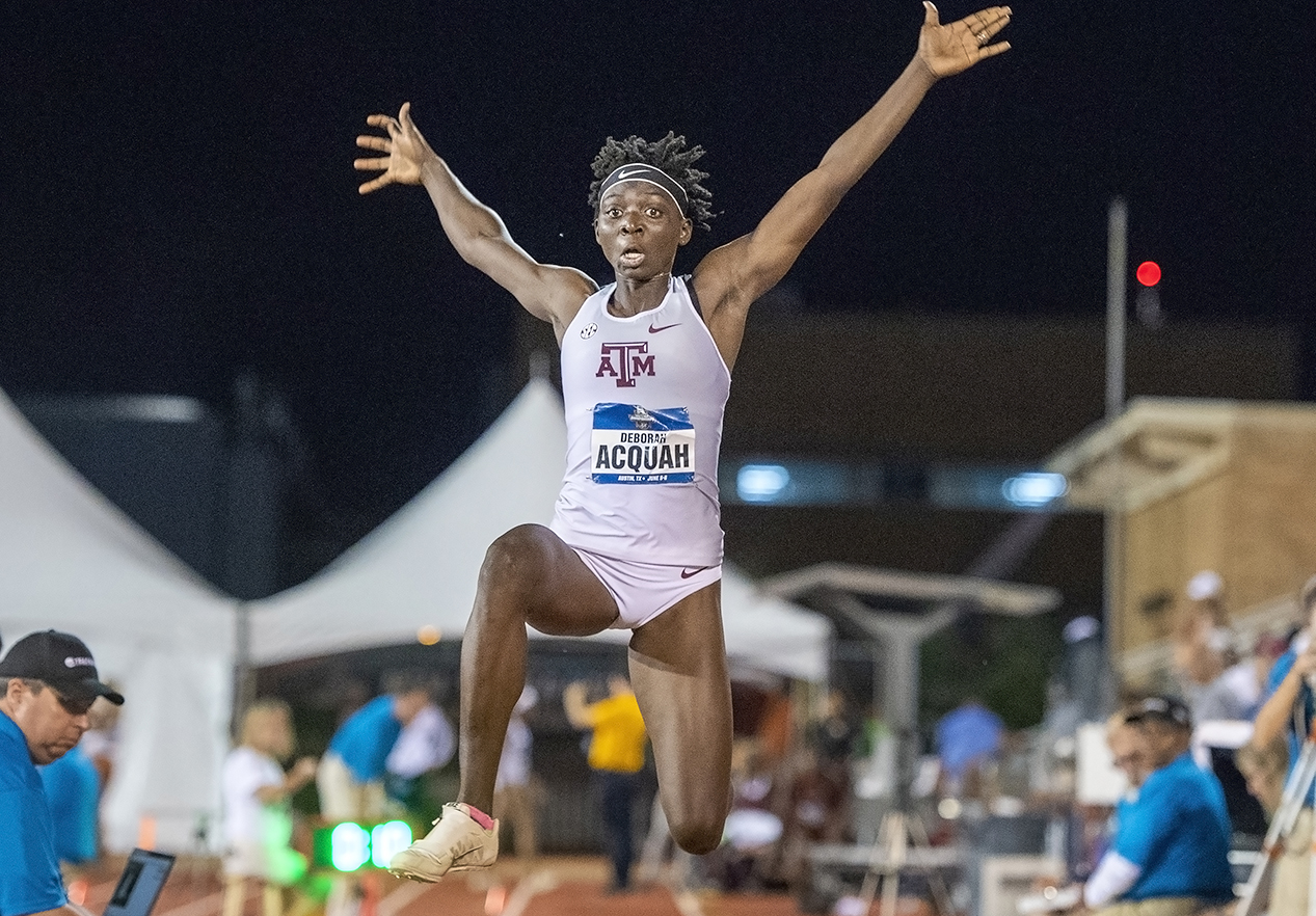 Acquah was named the Women's Field Athlete of the Week while Casarez garnered Men's Freshman of the Week