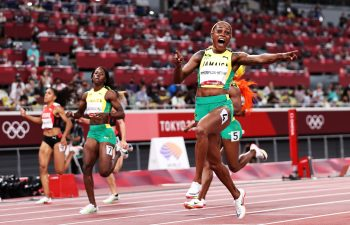 Elaine Thompson-Herah wins in Tokyo 2020